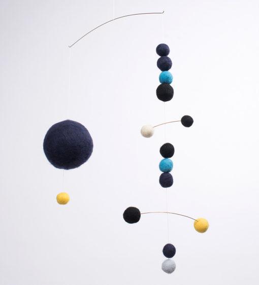 movil-bolas-negro-azul-02